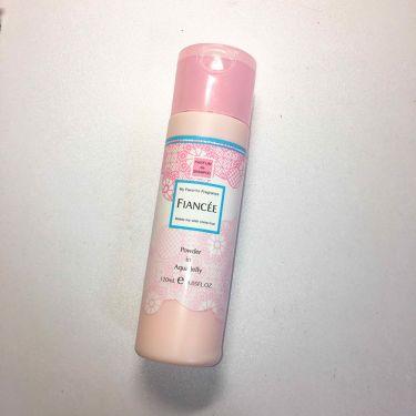パウダーインアクアジェリー ピュアシャンプーの香り N /フィアンセ/デオドラント・制汗剤を使ったクチコミ(2枚目)