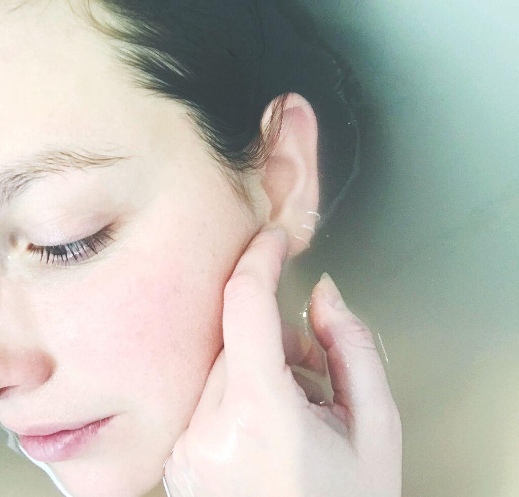 日焼け止めの落とし方|石鹸や洗顔料だけでいいの?顔や体の日焼け止めをしっかりと落とす方法のサムネイル
