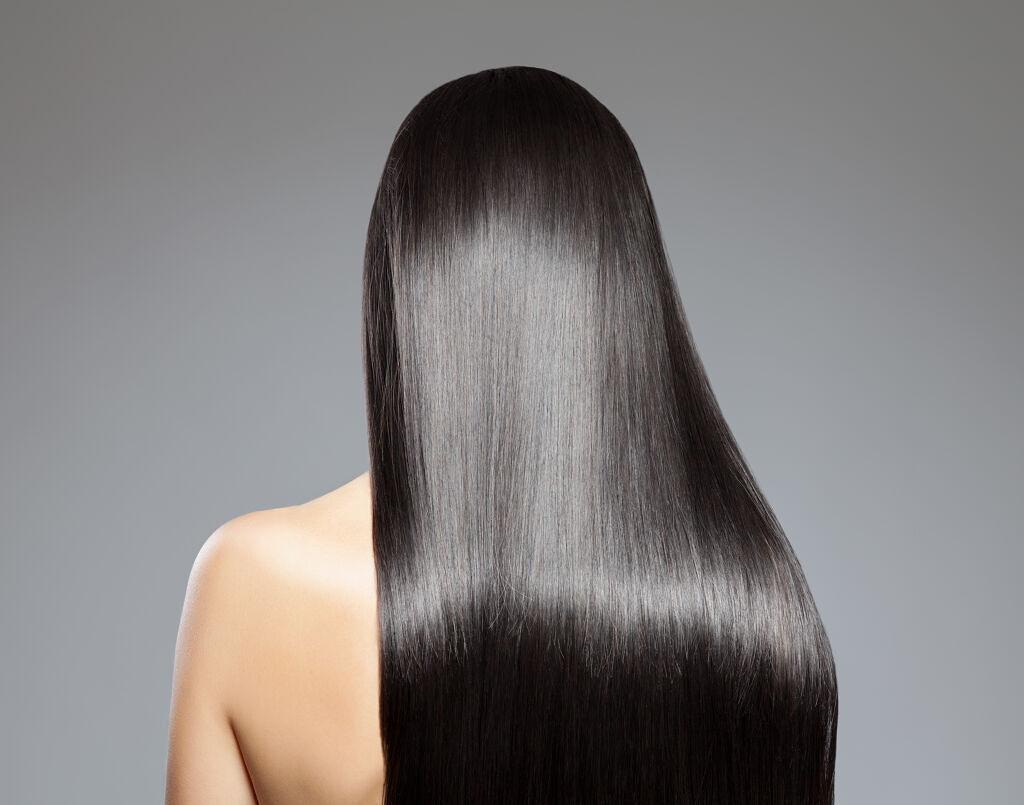 【実はメリットも多い!】硬い髪にお悩みの人へ 原因・ケア方法・おすすめアイテムを紹介のサムネイル