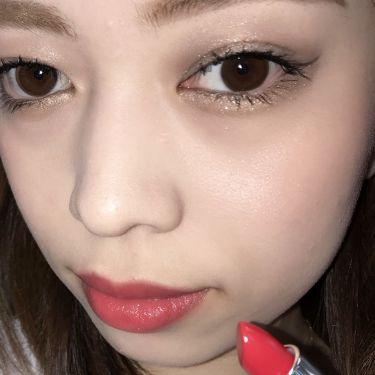 エッセンスインルージュ シャインのサマーレッドは透け感のあるクリアな発色の赤です! 初心者さんにも使いやすい色なのでぜひ試してみてね♡