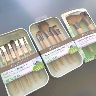 Daily Defined Eye Brush Set, 5 Piece Set & Storage Tray/EcoTools/メイクブラシを使ったクチコミ(1枚目)
