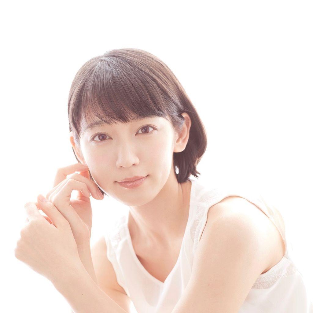 吉岡里帆さんの普段メイクのこだわりって? 〜LIPS TO BE BEAUTIFUL〜のサムネイル