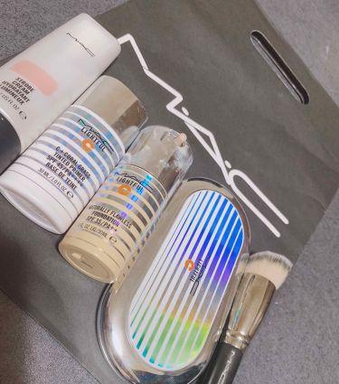 ライトフルC+ナチュラリーフローレスSPF35ファンデーション/M・A・C/リキッドファンデーションを使ったクチコミ(3枚目)
