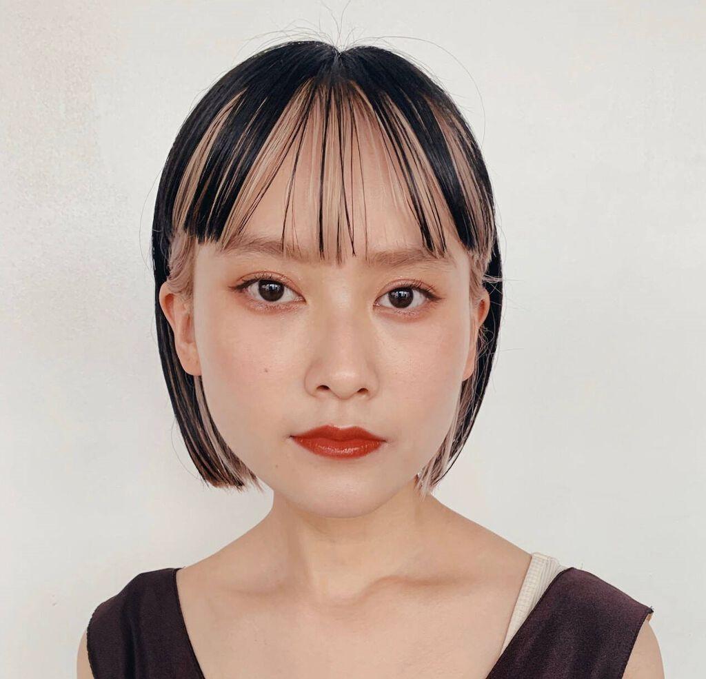 眉毛美容液で眉毛を徹底ケア。口コミ人気が高い眉毛美容液や効果的な使い方をご紹介のサムネイル