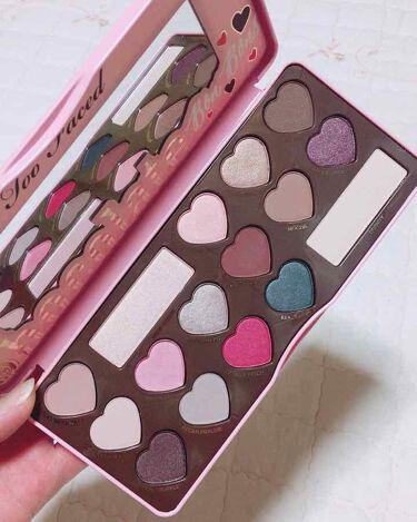 CHOCOLATE BON BONS EYE SHADOW COLLECTION /Too Faced/パウダーアイシャドウ by ヘランネェさん (한혜란)