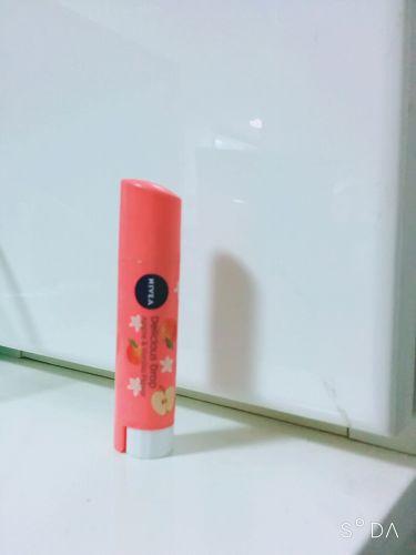 フレーバーリップ デリシャスドロップ アップルの香り〜バニラの香りのアクセント/ニベア/リップケア・リップクリームを使ったクチコミ(1枚目)