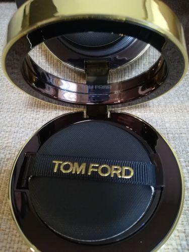 トレースレス タッチ ファンデーション SPF 45 サテンマット クッション コンパクト/TOM FORD BEAUTY/その他ファンデーションを使ったクチコミ(4枚目)