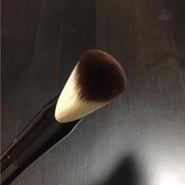 ファンブラシ 6/NYX Professional Makeup/メイクブラシを使ったクチコミ(3枚目)