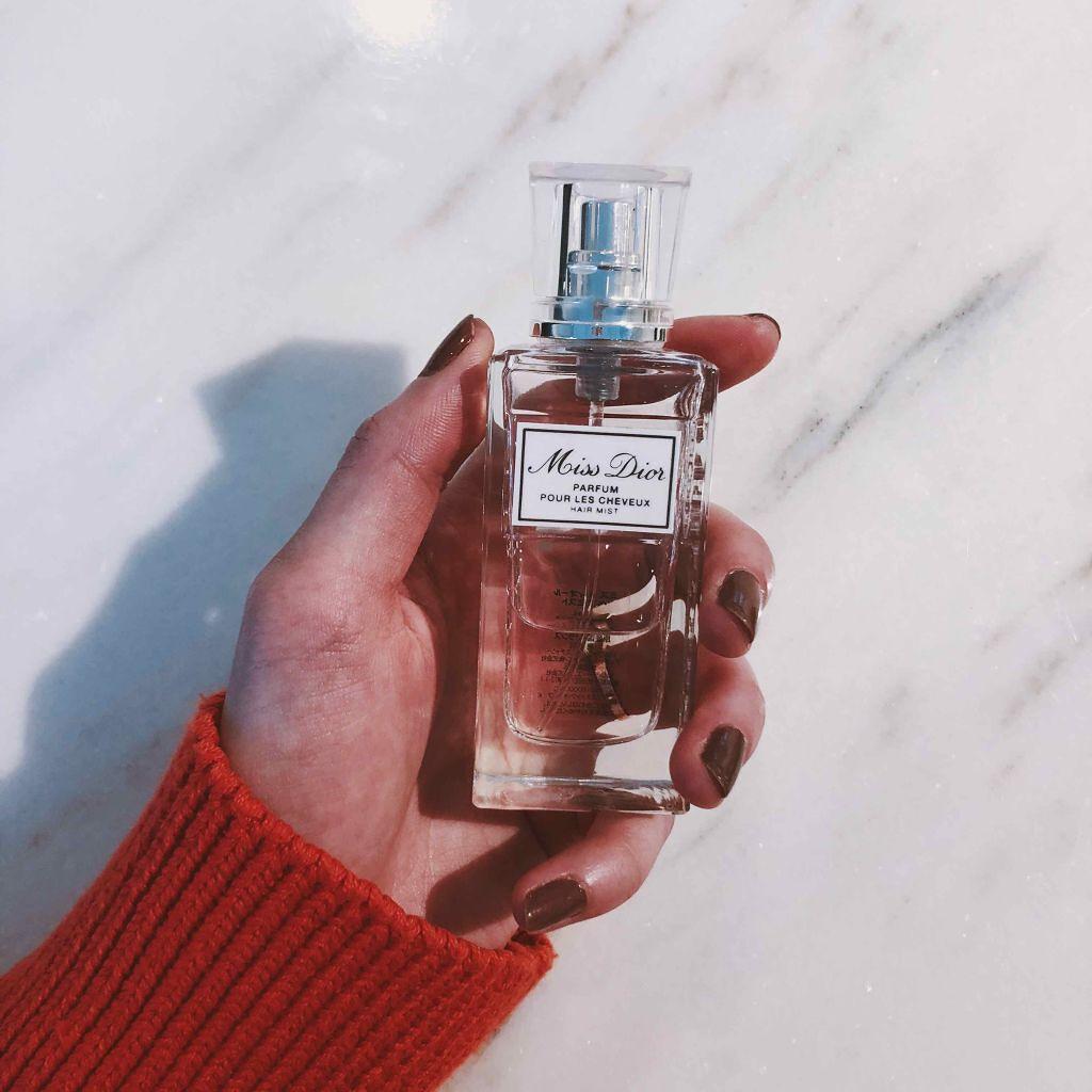 """プレゼントは香水より手軽に。デパコスから、特別な日に使って欲しい""""ヘアミスト"""""""