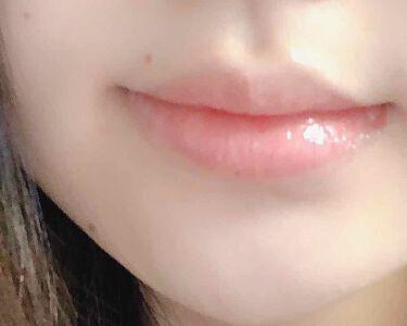 【画像付きクチコミ】クラランスCLARINSシュペールイドラモイスチャーリップバーム親が出張の際にもらったとある航空会社のアメニティの中にこちらの3mlが入っていたため、乾燥にやられまくった私の唇に与えてみました✨【使用感】アメニティは細口のチューブタイ...