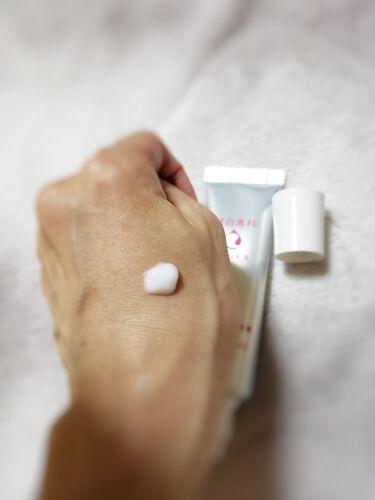 純白専科 すっぴん白雪美容液(医薬部外品)(専科 薬用美白クリーム)/専科/美容液を使ったクチコミ(2枚目)