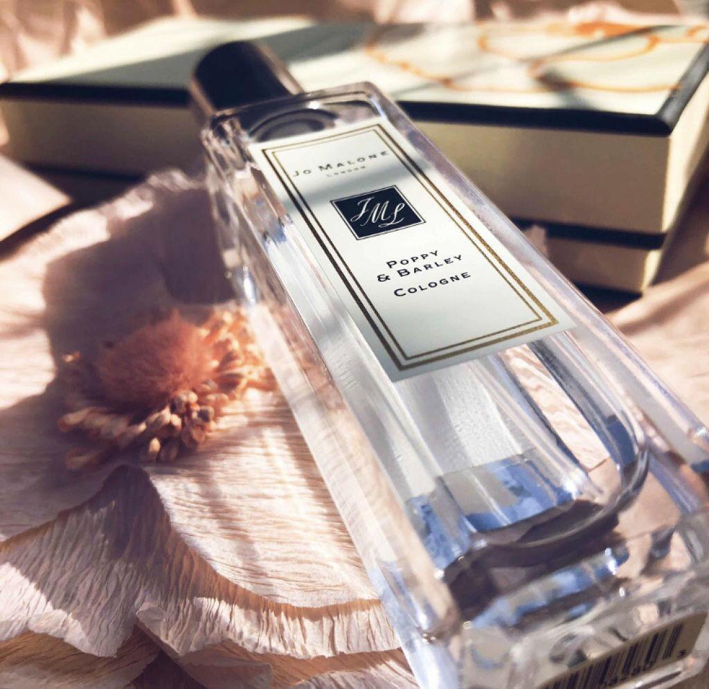 恋を引き寄せるモテオーラは香りから♡LIPSで話題の男性ウケバツグンな香水って?のサムネイル