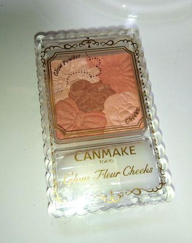 グロウフルールチークス/CANMAKE/パウダーチークを使ったクチコミ(4枚目)