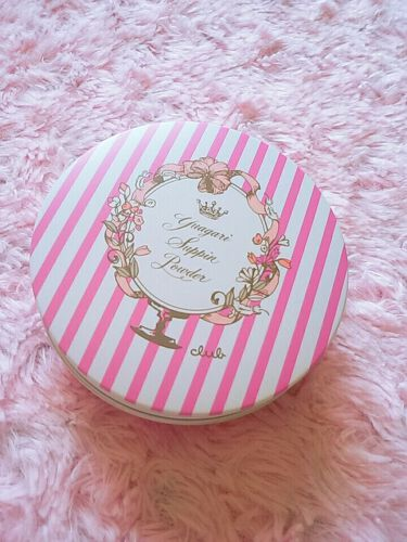 すっぴんパウダー フルーリーブロッサムの香り/クラブ/プレストパウダーを使ったクチコミ(1枚目)