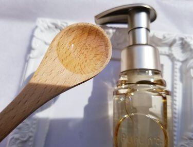 【画像付きクチコミ】プルントディープモイスト美容液ヘアオイル・内容量80ml ・価格1,540円(税込)Purunt(プルント)は美容室メーカーが366日かけて開発みずから潤う地肌に導く「美肌菌」に着目し、スキンケア発想の「パサつき・乾燥」特化型ダメー...