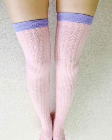 【画像付きクチコミ】メディキュットの冬バージョン。モコモコしていてかなりあったかいです(◍•ᴗ•◍)寝るときに使うと、朝、脚がとっても軽くなります!モコモコしてるのって、ちゃんと引き締め効果あるのか不安でしたが、これはバッチリ引き締めてくれます👍✨普通の...