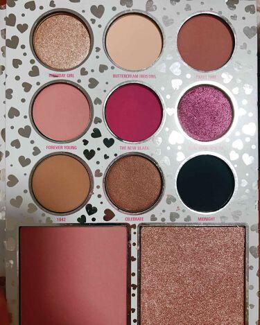 KYLIE JENNER  PRESSED POWDER PALETTE/Kylie Cosmetics/パウダーアイシャドウを使ったクチコミ(3枚目)