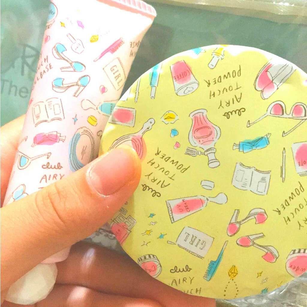 日本CLUB Airy Touch Powder 手繪風空氣感控油遮瑕蜜粉