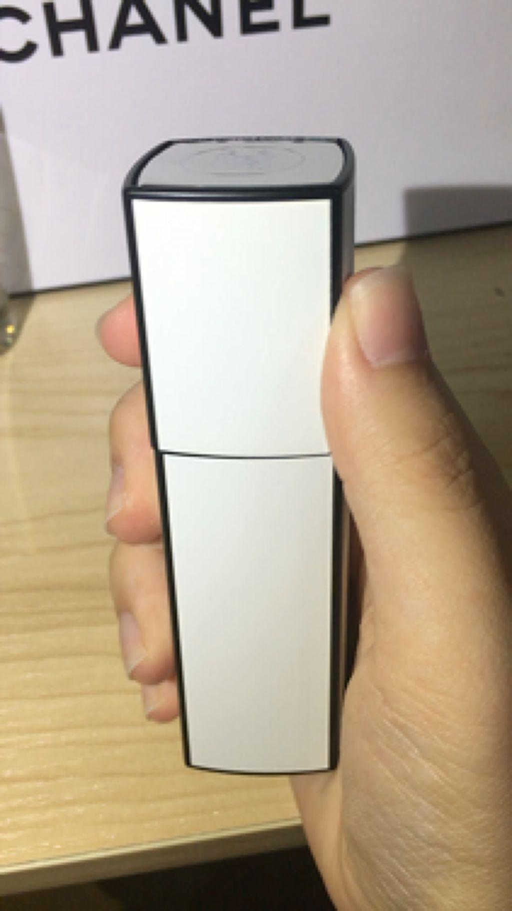 シャネル N°5 ロー オードゥ トワレット (ヴァポリザター)/CHANEL/香水(レディース)を使ったクチコミ(3枚目)