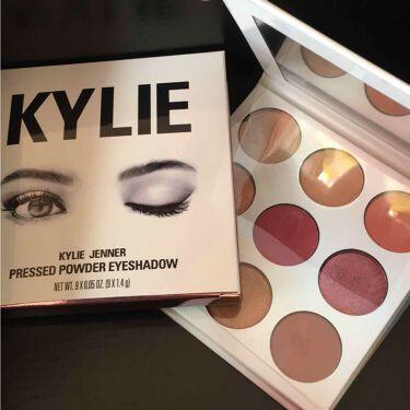 かぽさんの「Kylie CosmeticsKYLIE COSMETICS KYSHADOW<パウダーアイシャドウ>」を含むクチコミ