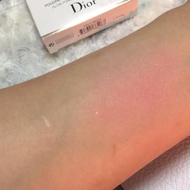 スノー ブラッシュ&ブルーム パウダー/Dior/パウダーチークを使ったクチコミ(3枚目)