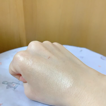 ピュア キャンバス プライマー イルミネーティング/laura mercier/化粧下地を使ったクチコミ(3枚目)