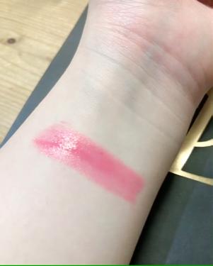 【動画付きクチコミ】廃盤の危機!!!#YSL#ルージュヴォリュプテシャイン32¥4100(税別)使い込んでるので汚いのはごめんなさい🙇🏻♀️52番に似てるけど32の方が少し濃い色味です!そんなに濃いものでは無いのですが、唇自体がきれいに見えるような色味...