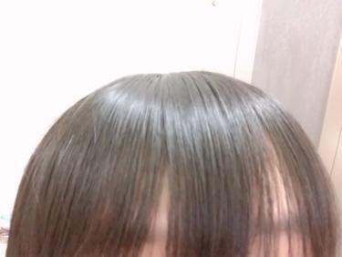 【動画付きクチコミ】ELLIPS乾燥・バサバサの髪に初めて購入のため6個入りを買ってよかったらボトルの方を買ってみようと思い購入しました。シャンプーをししっかりとタオルドライした髪の毛に1粒分を髪全体につけてドライヤーするだけ!!ローズ&若葉の香り!!使...