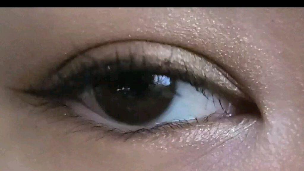 【動画付きクチコミ】アンヴィのオリーブブラウン1day.私のちょい茶色ぐらいの自目に綺麗に馴染んで、奥行き感を出してくれるカラコンでした!#envie#カラコン#オリーブ#奥行き#ナチュラル#梨花