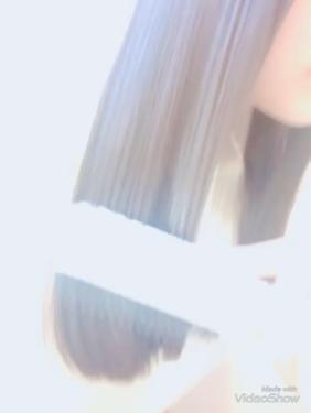 【動画付きクチコミ】うるツヤ💕の髪の毛を目指す!!💪私がやっているヘアケア方法の紹介です!!すっごく長くなってしまったので時間のある時に是非是非見てみてください!〜使っているもの〜①エリップス②ボタニカルヘアオイルエアリースムース③コーム④OSTヘアスプ...