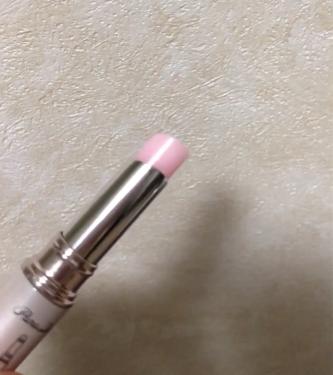 【動画付きクチコミ】今回紹介するのは#パラドゥ#お直しさんのサクラヴェールリップです。限定色はありませんでした〜😭ではレビュー!🌸カラーについて色味はほぼありません。が、2枚目の写真でわかるかと思いますがピンク色をしています。私はもともと唇の色が濃いので...