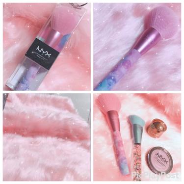 ゆっちゃんさんの「NYX Professional Makeupクリスマスコフレ限定商品 パラダイスフラッフ セッティングパウダーブラシ<メイクアップキット>」を含むクチコミ