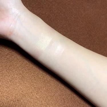 スーパーラディアントブースター/NARS/化粧下地を使ったクチコミ(2枚目)