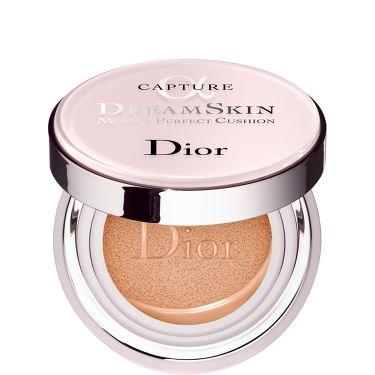 カプチュール ドリームスキン モイスト クッション SPF50 /PA+++  Dior