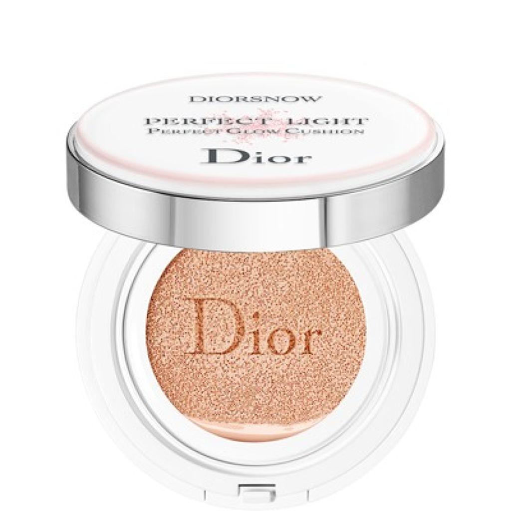 ディオール  スノー パーフェクト ライト クッション SPF 50-PA+++ Dior