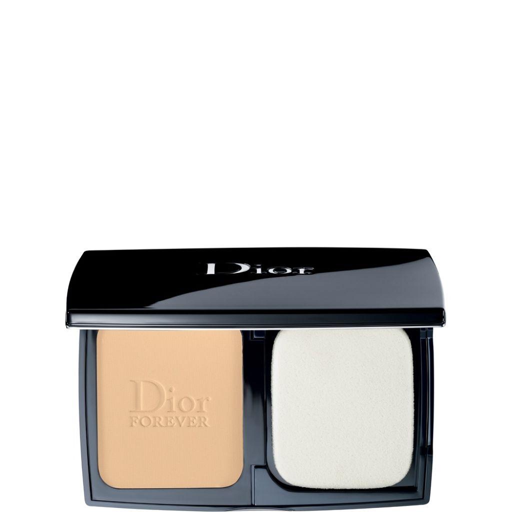 Dior:超完美絲柔粉餅