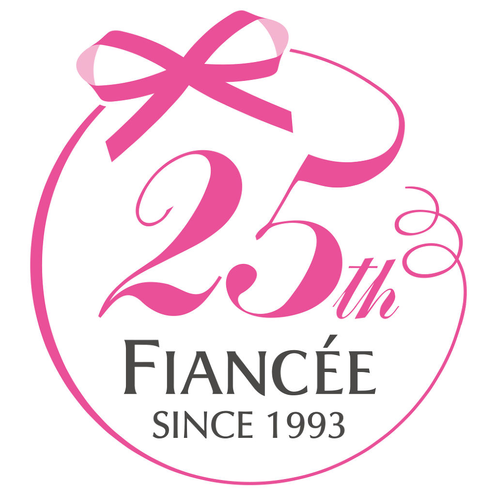 fiancee_official